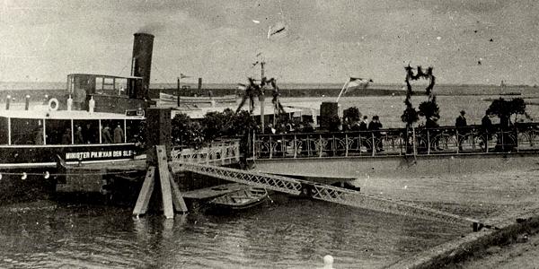 RTM-ponton in haven Middelharnis wordt vernieuwd