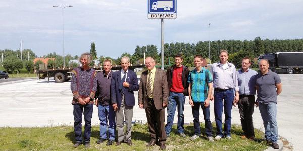 Officiële opening (vrachtwagen)parkeer- en evenemententerrein in Ooltgensplaat