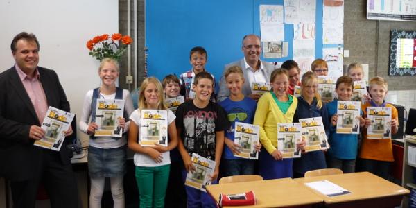 SGP Goeree-Overflakkee zorgt voor Prinsjesdagbode op basisscholen