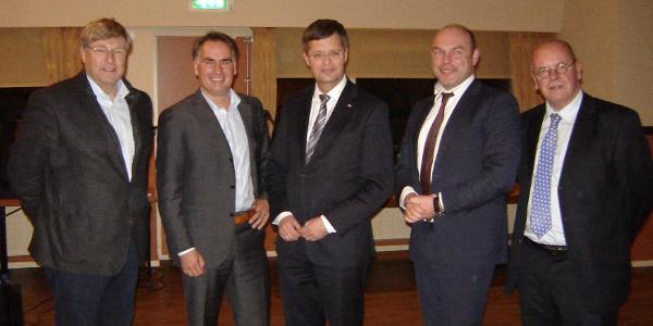 Oud minister-president Balkenende onder indruk ontwikkelingen Goeree-Overflakkee