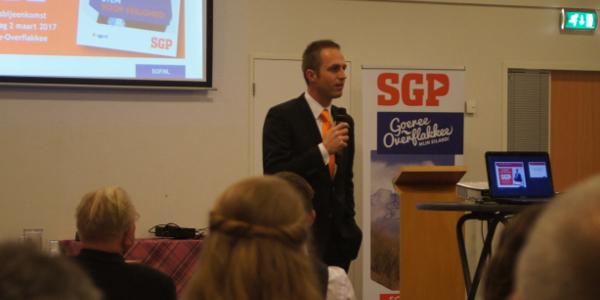 Geslaagde verkiezingsavond met SGP-lijstduwer Mark Brouwer