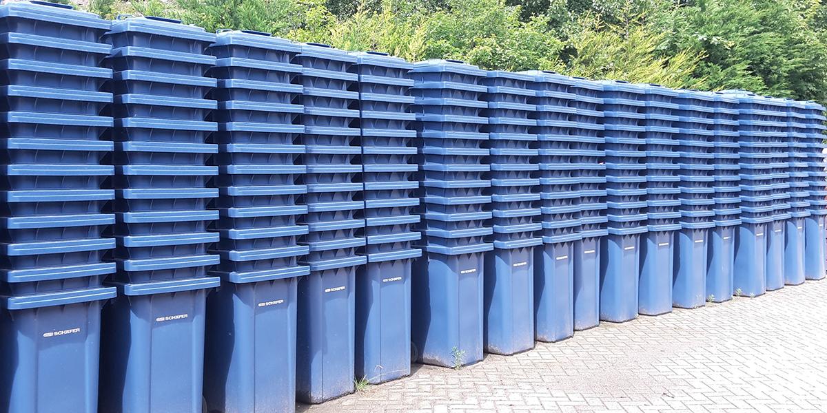 Blauwe papiercontainers voor heel Goeree-Overflakkee