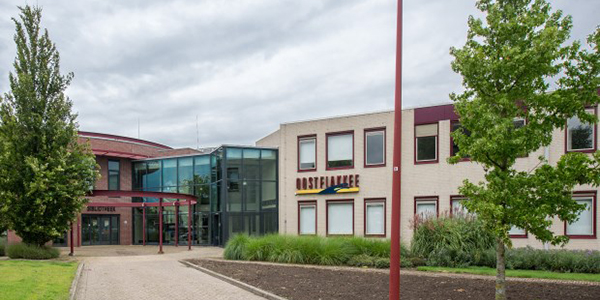 Staton Bouw geen partij meer voor voormalig gemeentehuis Oude-Tonge