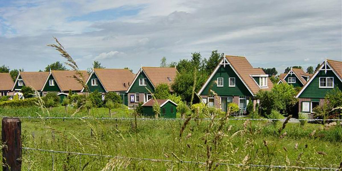 Niet minder woningbouw bij toestaan permanente bewoning recreatiewoningen