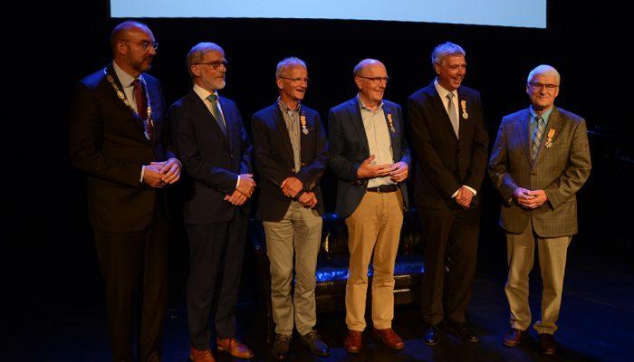 Prof. dr. F. van der Pol uit Ouddorp benoemd tot Ridder in de Orde van Oranje-Nassau