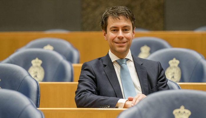 SGP Tweede Kamerlid Stoffer spreekt in Ooltgensplaat