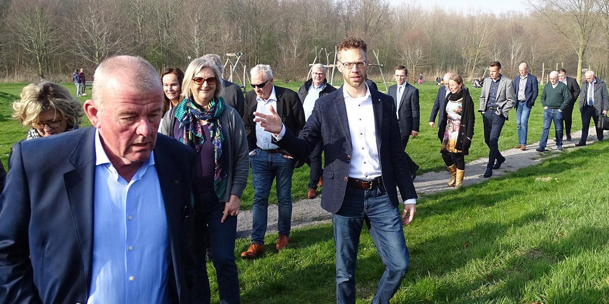 Raad bezocht kern Stellendam