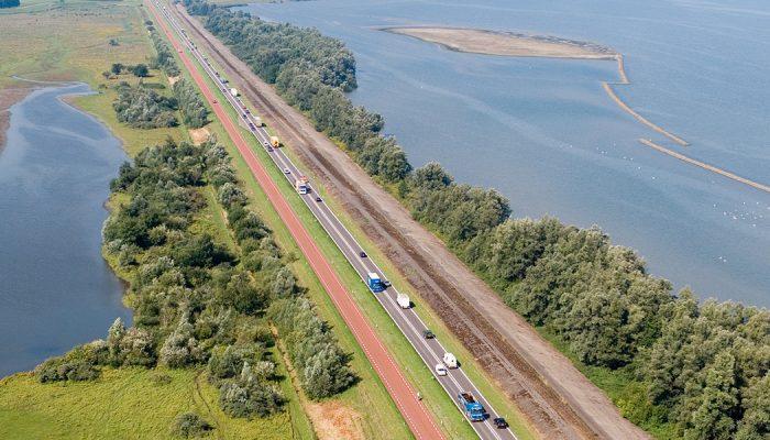 Rijbaanscheiding N59 tussen Hellegatsplein en Schaapsweg